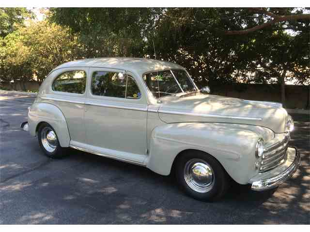 1947 Ford Coupe | 849829