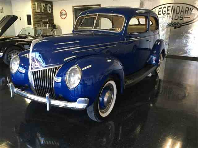 1939 Ford Deluxe | 849860