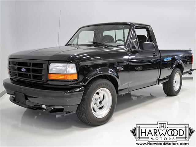 1994 Ford Lightning | 852215