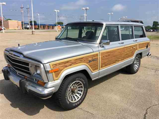 1989 Jeep Grand Wagoneer | 852404