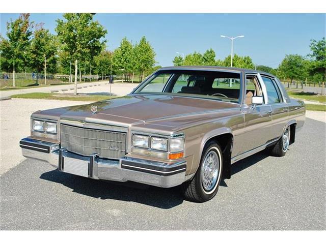 1985 Cadillac Fleetwood Brougham   852764