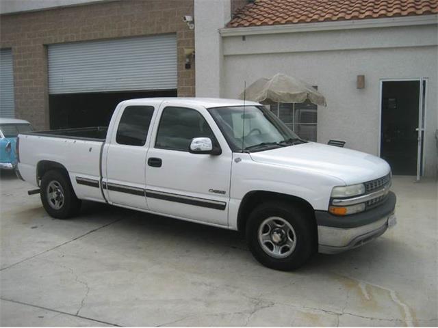 2002 Chevrolet Silverado | 852787