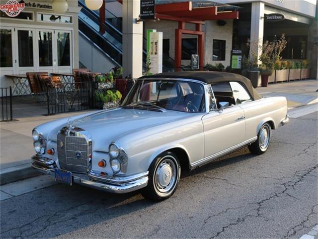 1967 Mercedes-Benz 250SE | 856160