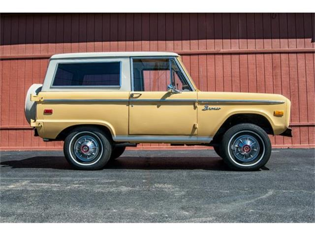 1975 Ford Bronco | 858090