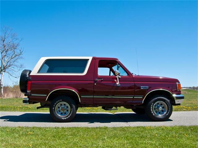 1989 Ford  Bronco XLT | 858257