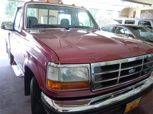 1993 Ford F150 | 858885