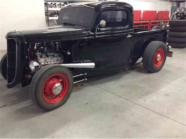 1935 Ford Pickup | 858925