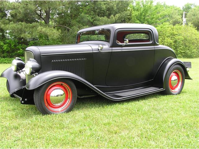 1932 Ford 3-Window Coupe | 861446