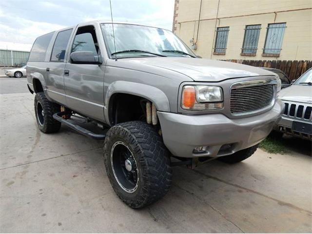 1999 Chevrolet Suburban | 861629