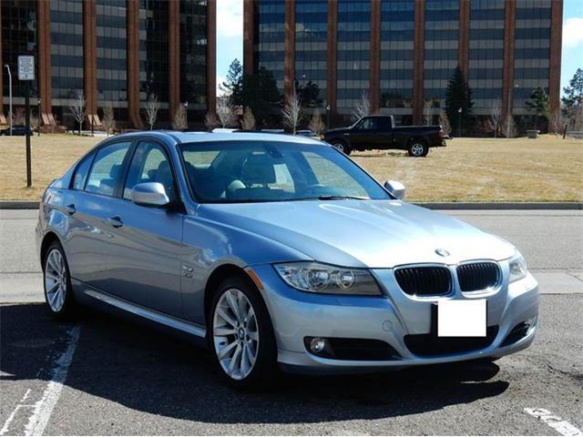 2011 BMW 3 Series | 861642