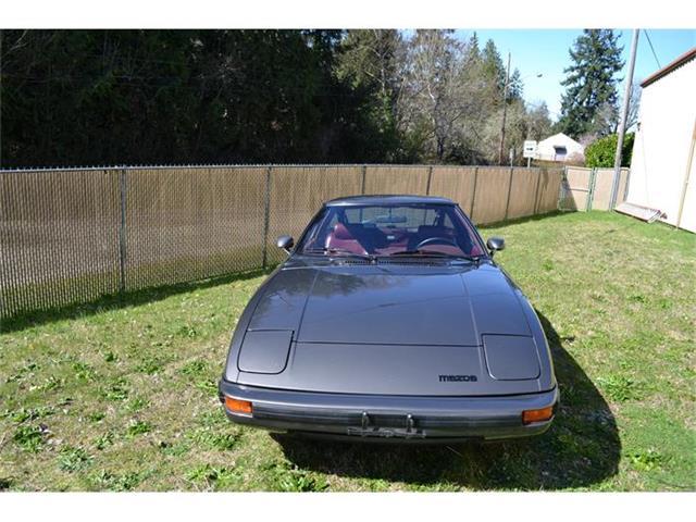 1983 Mazda RX-7 | 861699