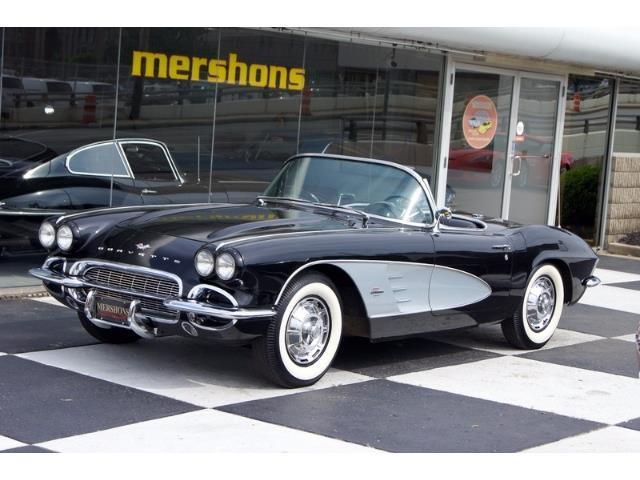 1961 Chevrolet Corvette | 861747