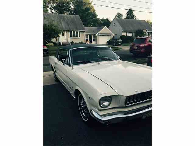 1966 Ford Mustang   861886