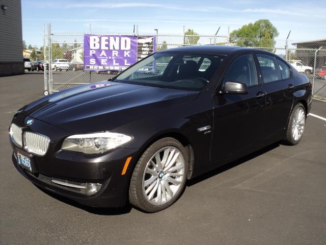 2011 BMW 5 Series | 860289