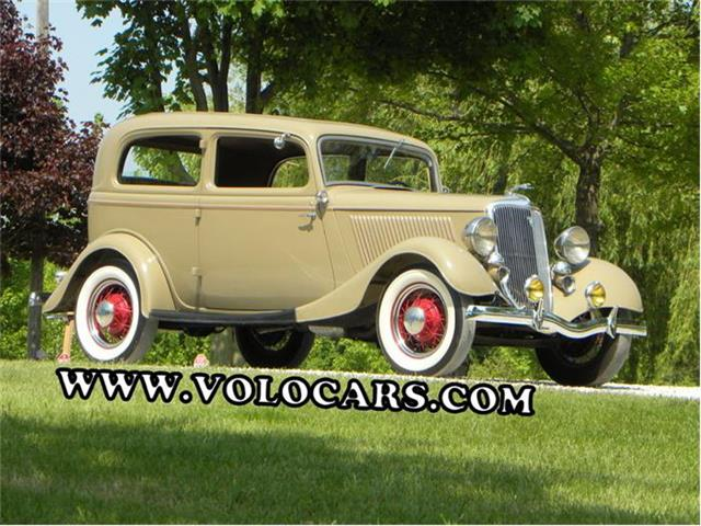 1934 Ford Model 40 2 Dr Deluxe Sedan | 864094