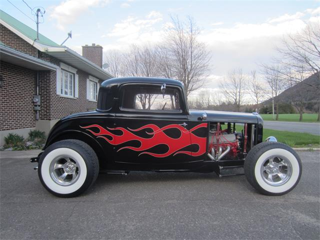 1932 Ford 3-Window Coupe | 864676
