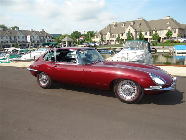 1966 Jaguar E-Type | 860570