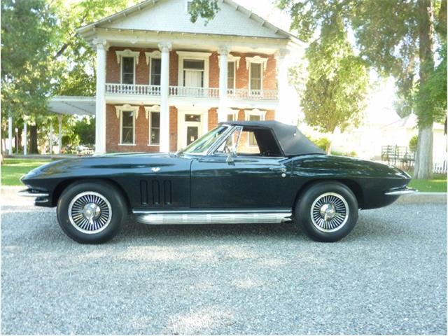 1965 Chevrolet Corvette | 860606