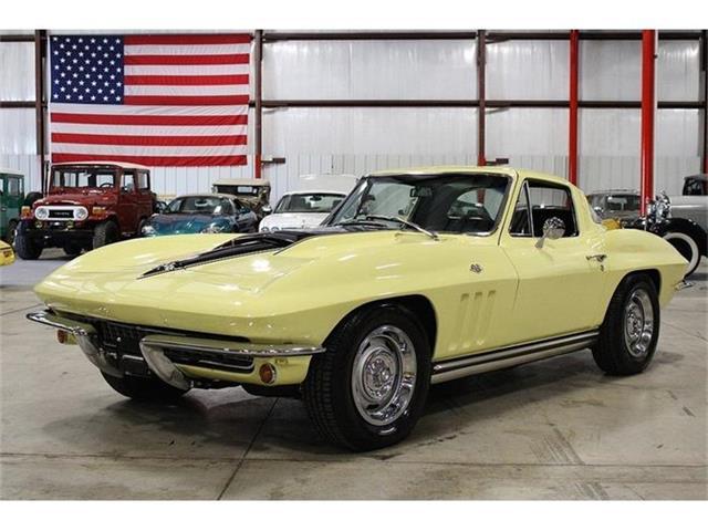1965 Chevrolet Corvette | 868947