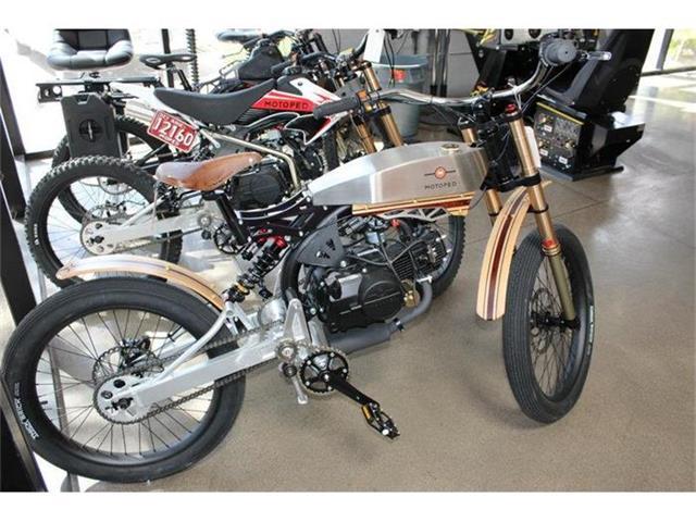 2015 Custom Motorcycle | 868967