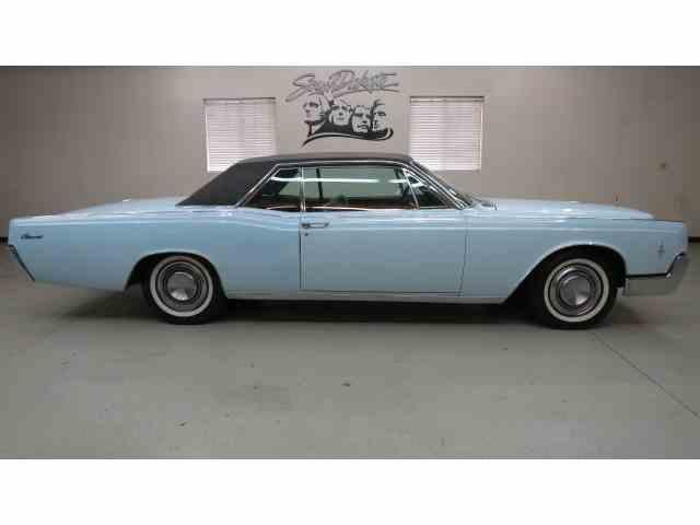 1966 Lincoln Continental   870105