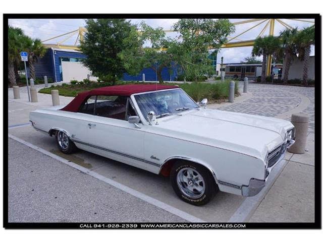 1965 Oldsmobile Cutlass | 871296