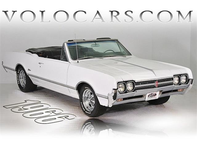 1966 Oldsmobile Cutlass Supreme | 872657