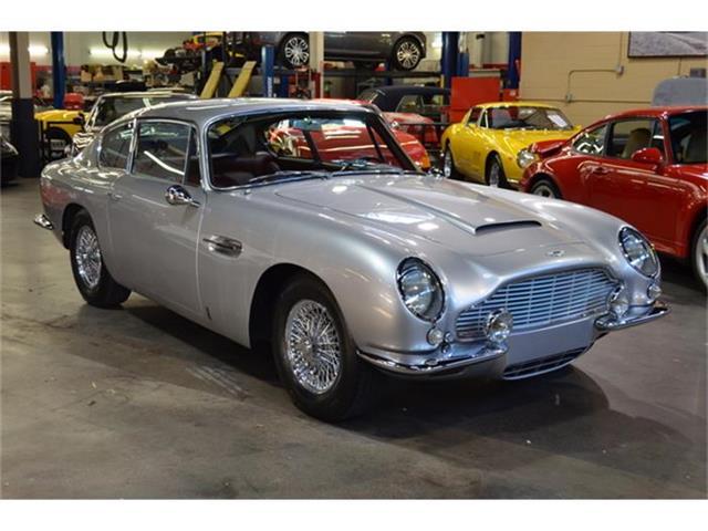 1967 Aston Martin DB6 | 873306