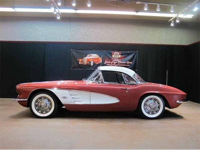 1961 Chevrolet Corvette | 873706