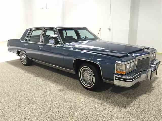1985 Cadillac Fleetwood Brougham   873716
