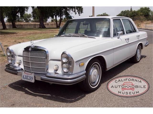 1969 Mercedes-Benz 280SE | 874118