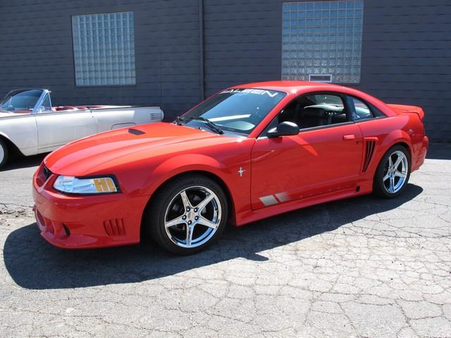 2000 Ford Mustang | 874285