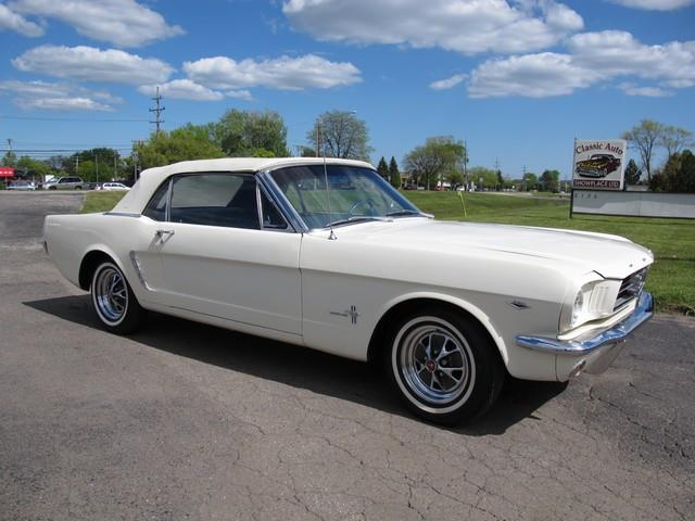 1964 Ford Mustang | 874288