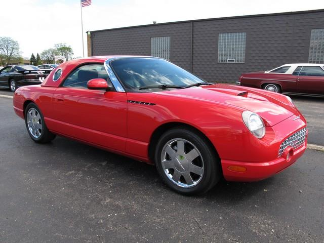 2002 Ford Thunderbird | 874292