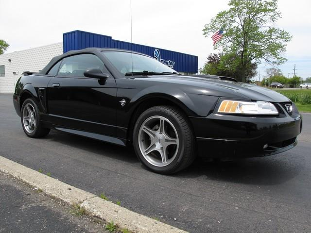 1999 Ford Mustang | 874295