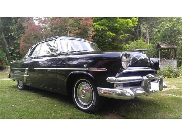 1953 Ford Crestline | 874473