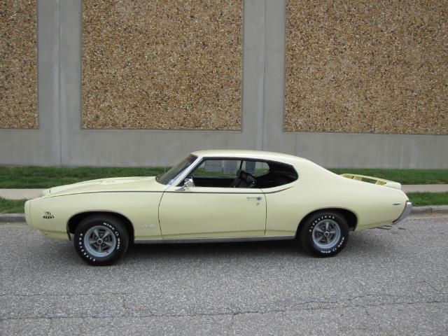 1969 Pontiac GTO | 874527