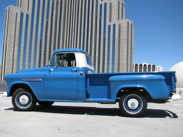 1955 Chevrolet 3600 | 874890