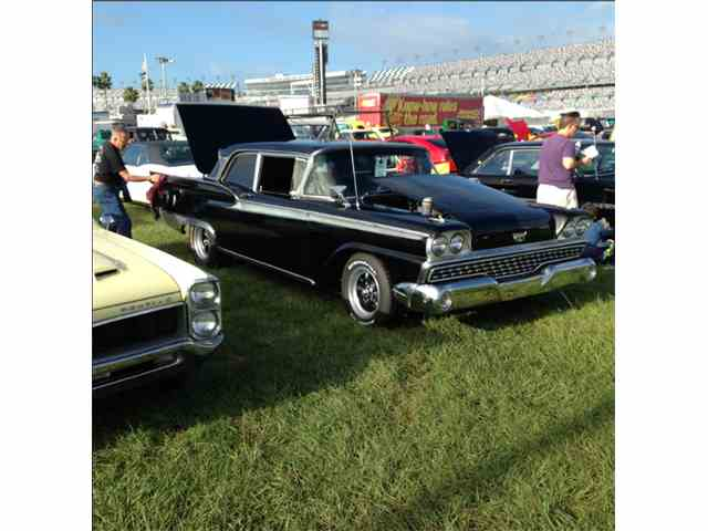 1959 Ford Fairlane 500 | 874940