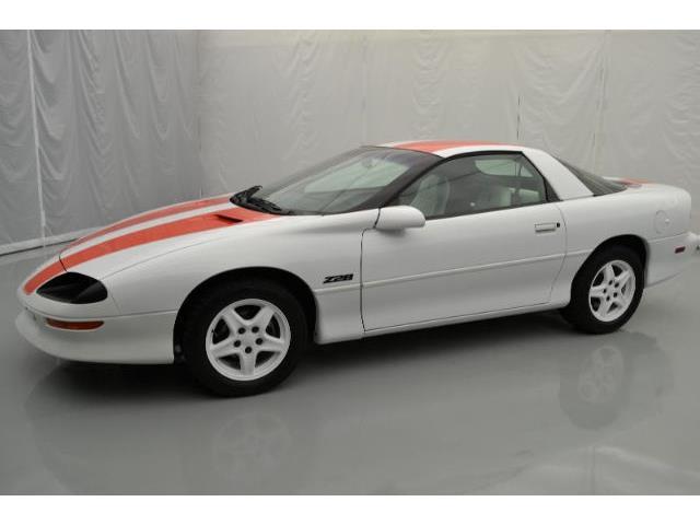 1997 Chevrolet Camaro | 875499