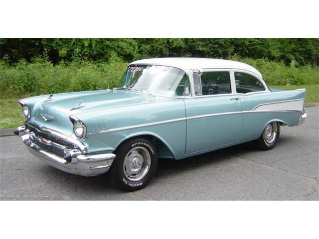 1957 Chevrolet 2-Dr Post | 875527