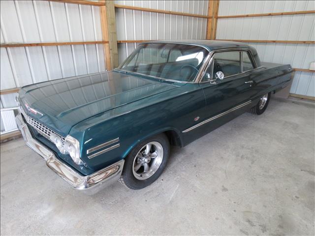 1963 Chevrolet Impala | 875721