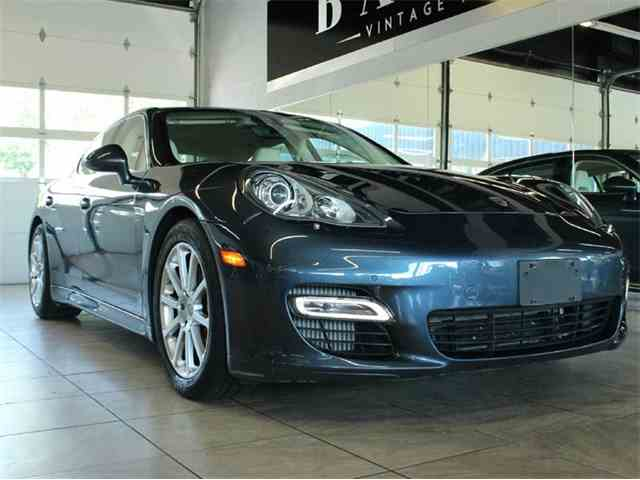 2010 Porsche Panamera | 875776