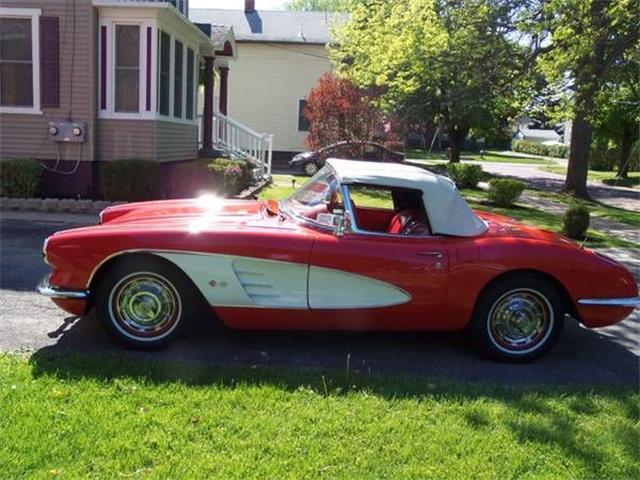1960 Chevrolet Corvette | 875911