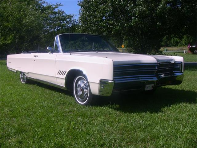 1967 Chrysler 300 | 875950