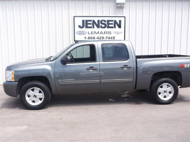 2011 Chevrolet Silverado | 876162