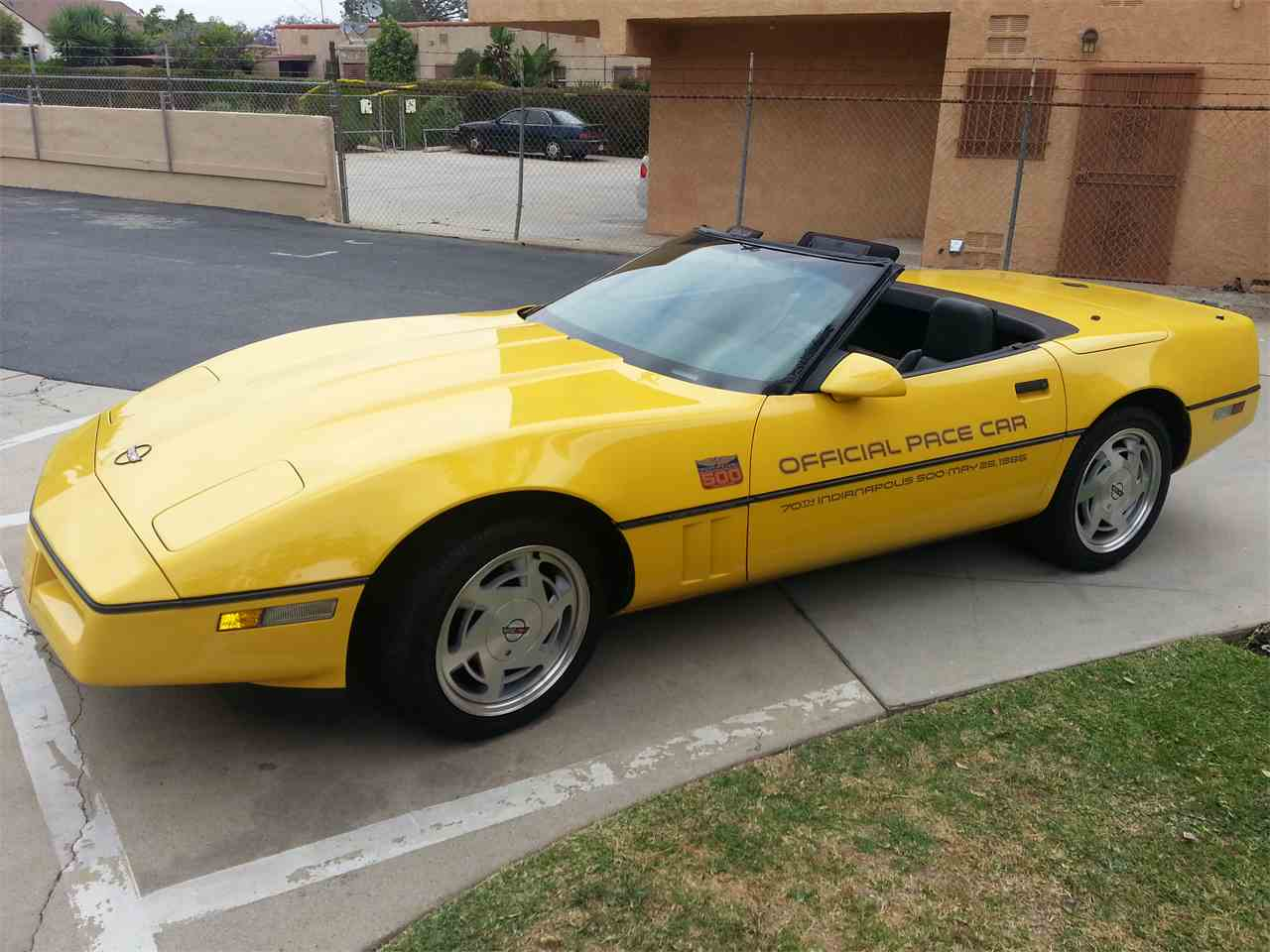 Large Picture of '86 Corvette - IS7K