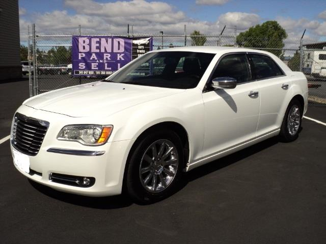 2012 Chrysler 300 | 876540