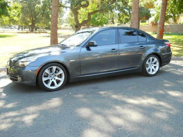 2010 BMW 5 Series | 876554