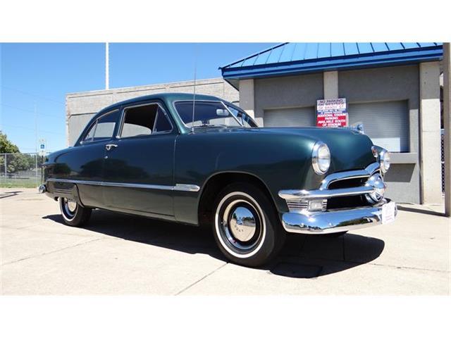 1950 Ford Custom Deluxe | 876652